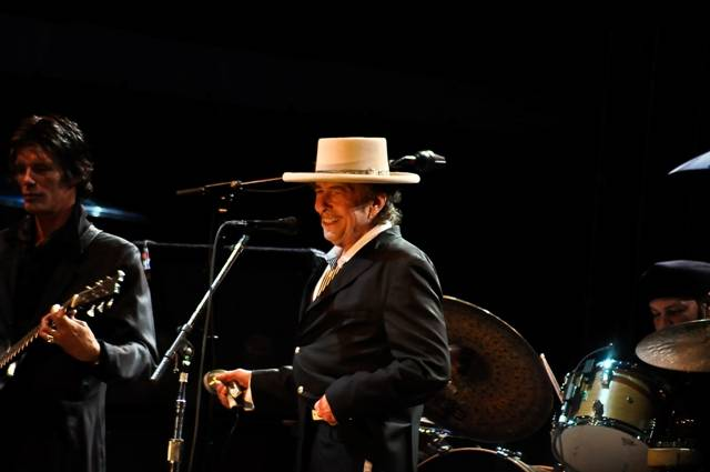 Bob Dylan at Bumbershoot, Sept 4 2010. Simon Kear photo
