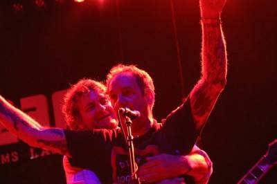 Mitch Mitchell hugged by a fan at the Las Vegas show. Robyn Hanson photo