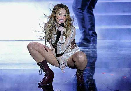 Miley cyrus crotch shot the snipe news