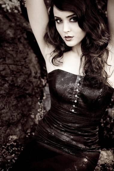 Beatrice King from Mortal Kombat photo