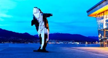 Digital Orca, by Douglas Coupland. Vancouver Convention Centre photo