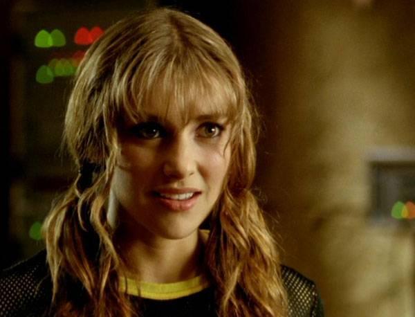 Emma Lahana as Power Ranger Kira Ford