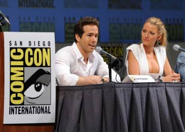 Ryan Reynolds and Blake Lively at San Diego Comic-Com 2010.