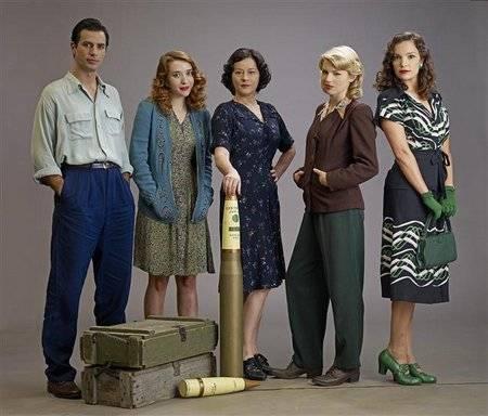 Cast of Global TV's Bomb Girls, including Meg Tilly and Jodi Balfour image
