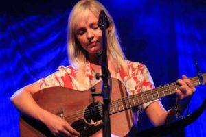 LauraMarling10