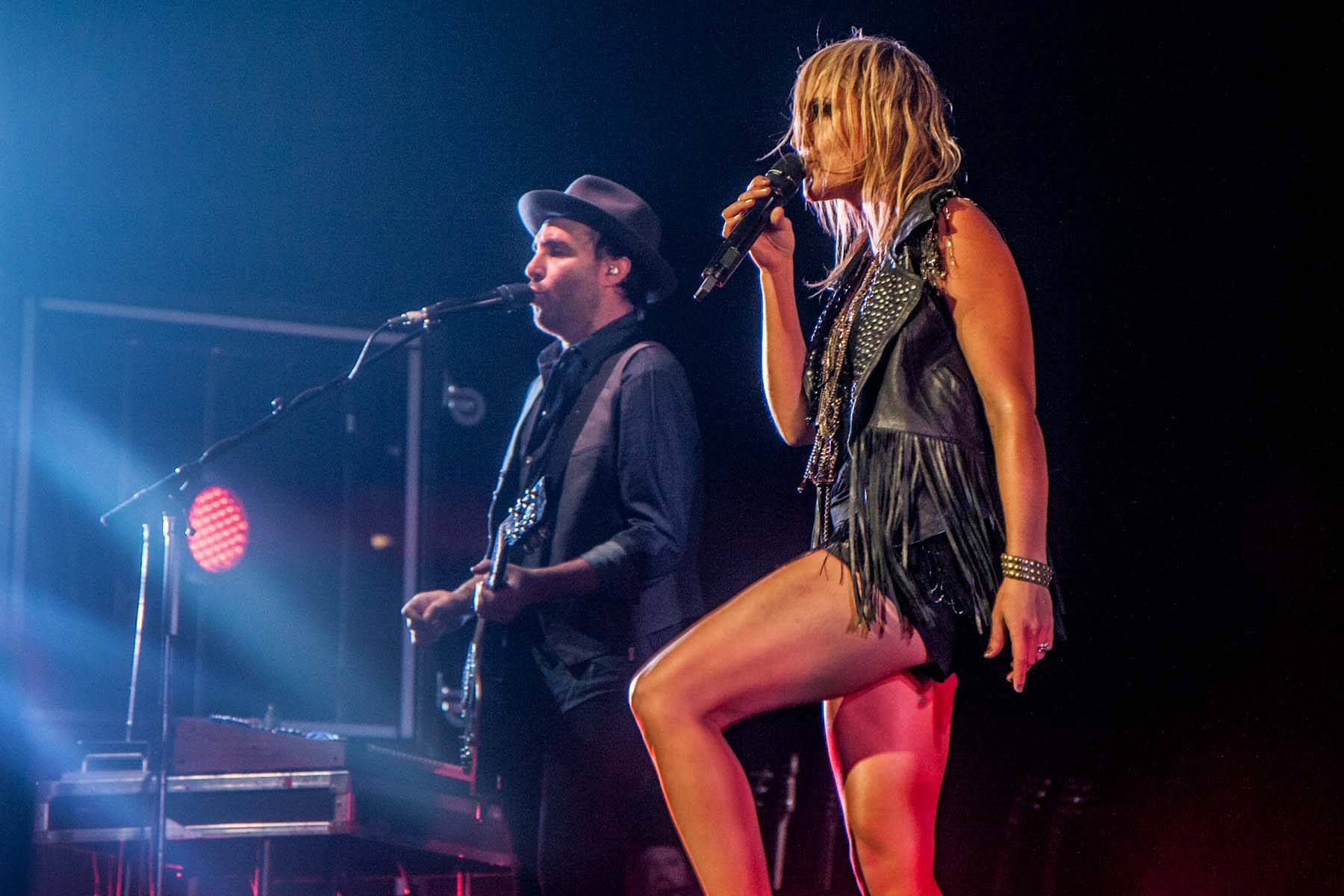 Metric at Rogers Arena Vancouver concert photo