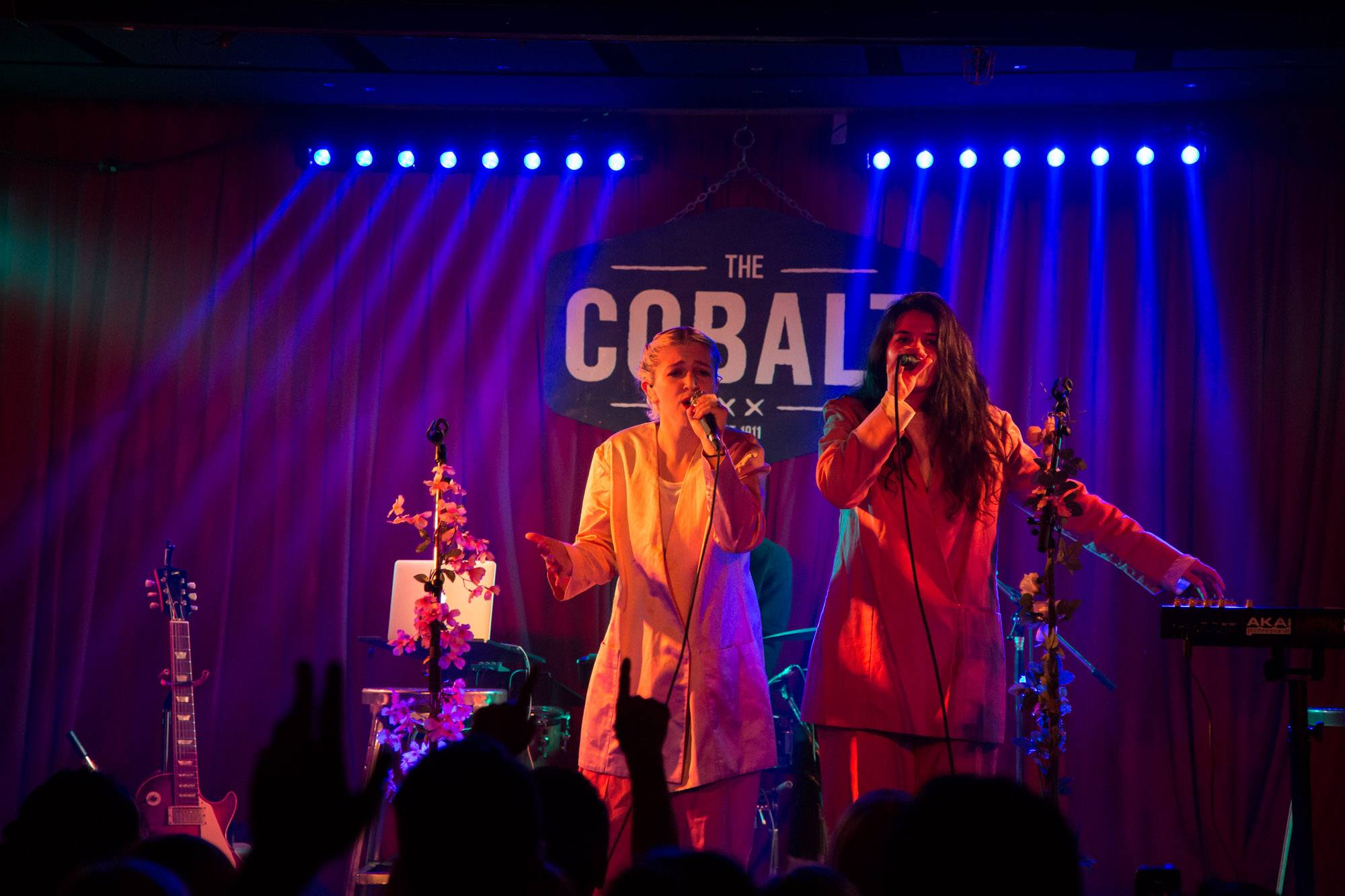 Overcoats at Cobalt Cabaret, Vancouver, Jun. 14 2017. Kirk Chantraine photo.