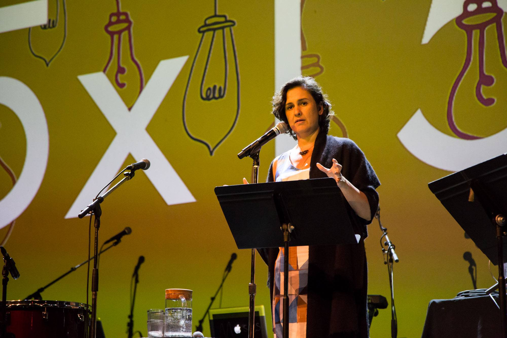 Kamila Shamsie speaking at the Vogue Theatre, Vancouver, July 15 2017. Kirk Chantraine photo.