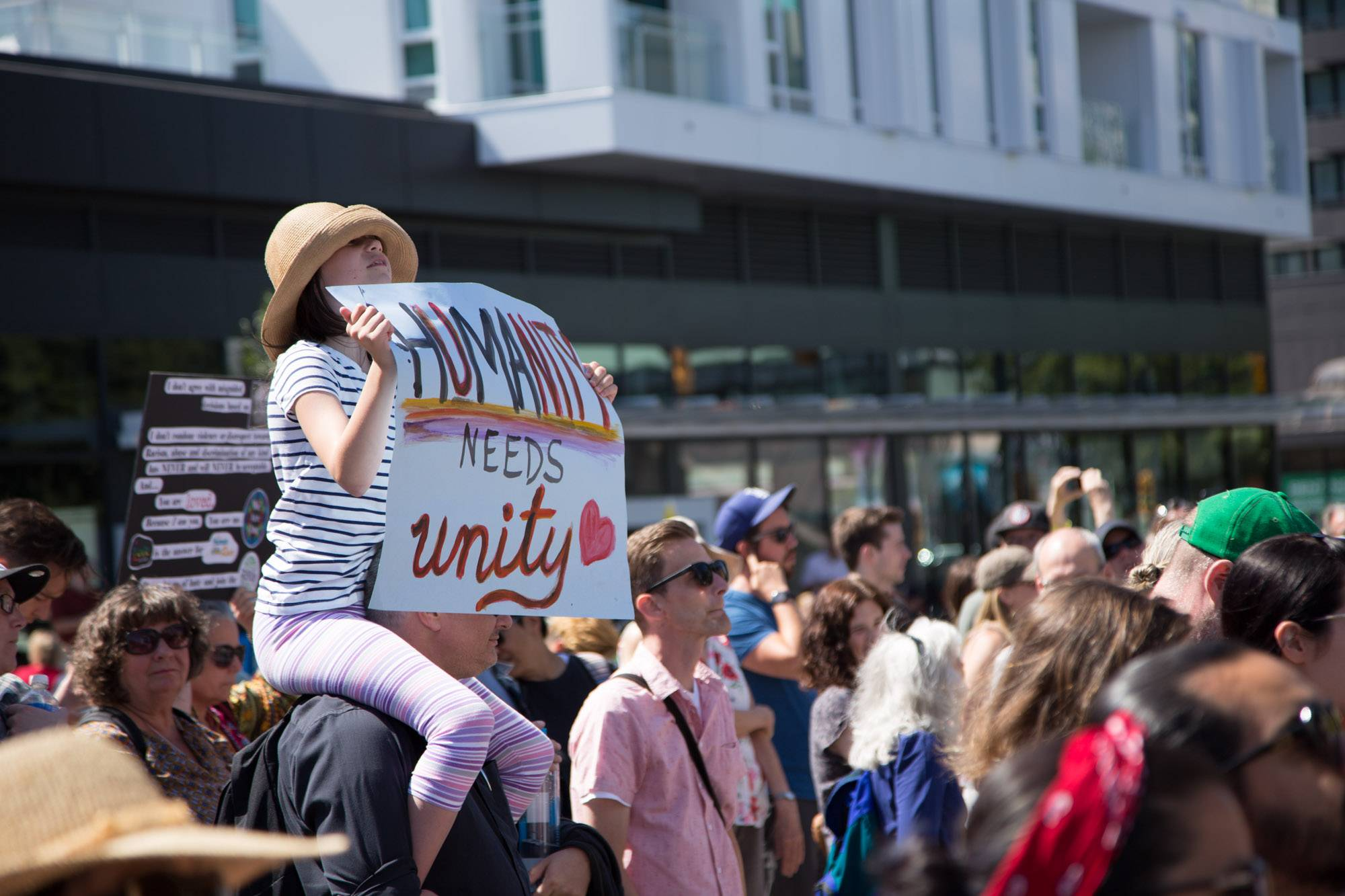 Protest - Oppose the Racists in Metro Vancouver at City Hall, Vancouver, Aug 19 2017. Kirk Chantraine photo.