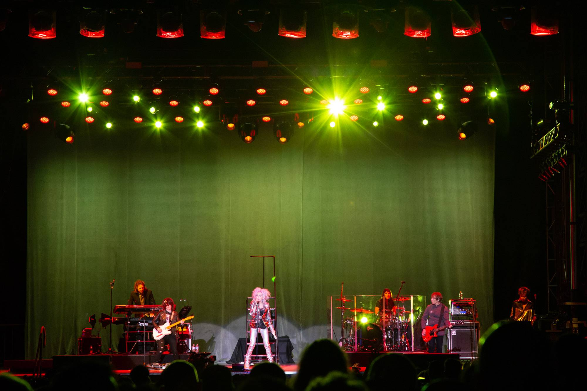 Cyndi Lauper at the PNE Amphitheatre, Vancouver, Sep 3 2018. Kirk Chantraine photo.