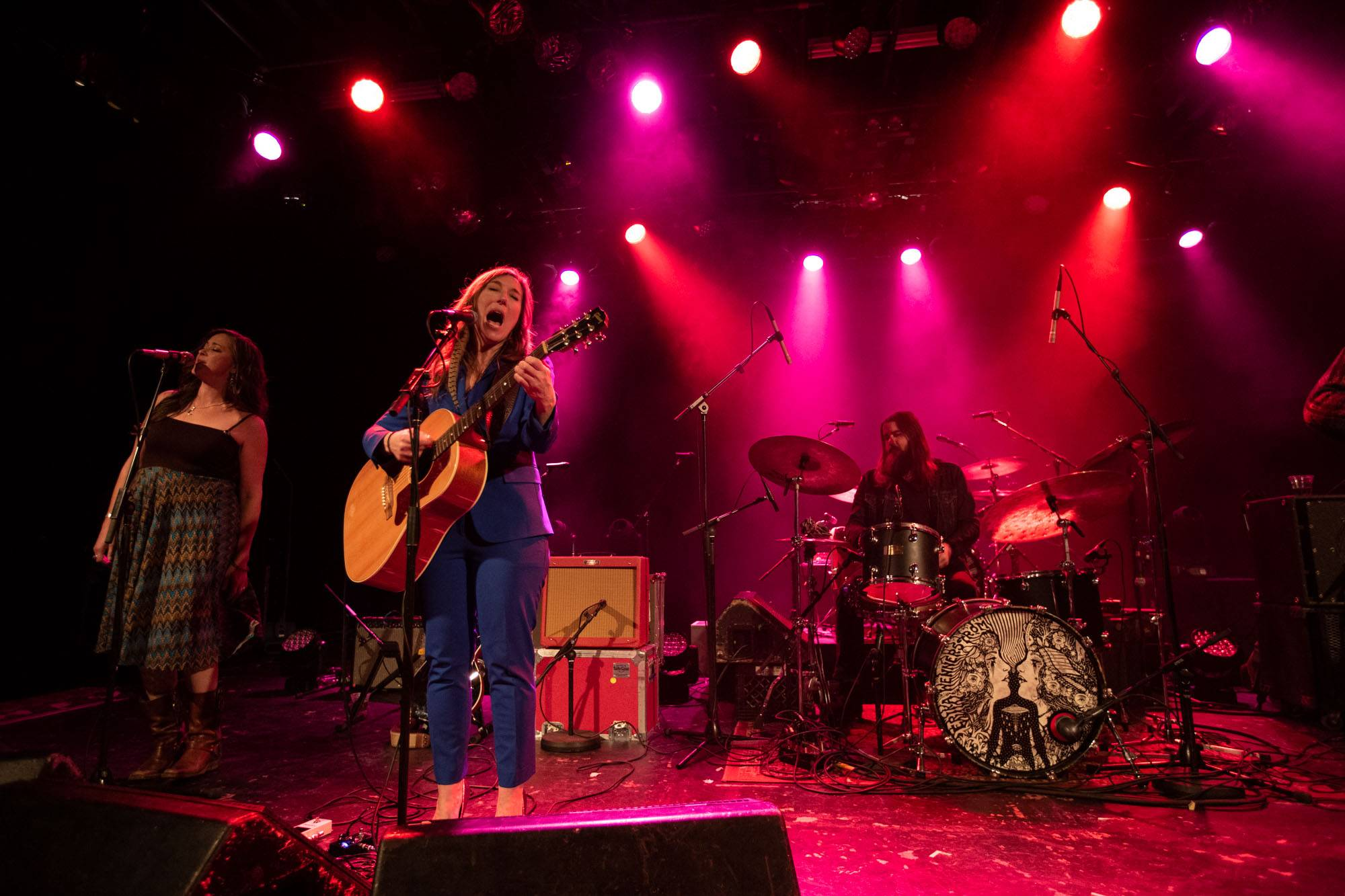 Erika Wennerstrom at the Commodore Ballroom, Vancouver, Nov 7 2018. Kirk Chantraine photo.