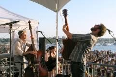 Dan Mangan w/Jon & Roy at SHOREfest, Vancouver, July 28 2010