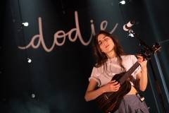 dodie-17