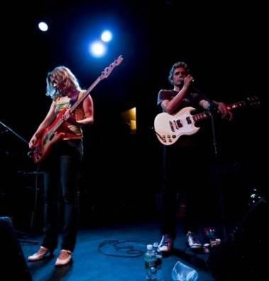 Dean and Britta concert photo