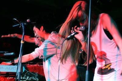 Love and Electrik at the O.C., Oct 1 2009. Alison Pattern concert photo