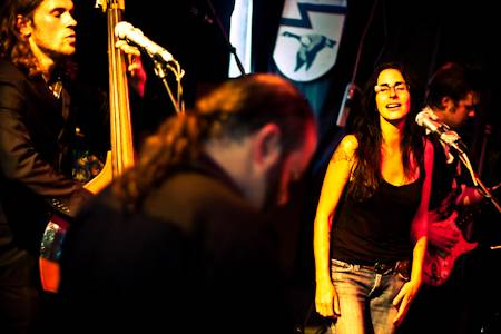 Romi Mayes concert photo