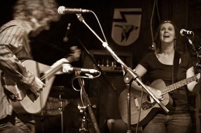 Amelia Curran concert photo