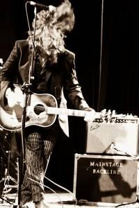 Tom Wilson with Lee Harvey Osmond concert photo