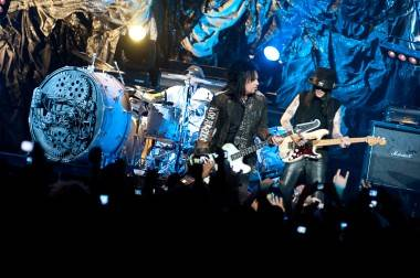 concert photos Motley Crue