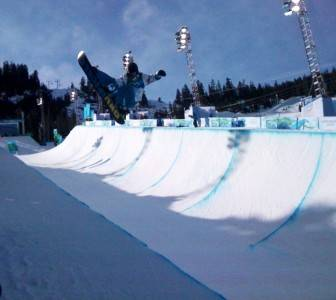 Men's snowboard half pipe qualifications