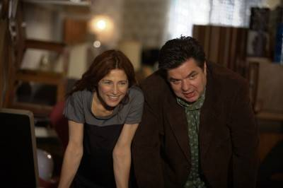 Catherine Keener and Oliver Platt in Nicole Holofcener's Please Give.