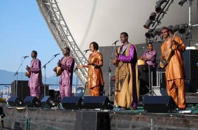 Bassekou Kouyate at the Vancouver Folk Music Festival, July 16 2010. Megan Chursinoff photo