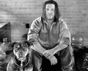 david-foster-wallace-with-friend-by-marion-ettlinger