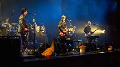 Crowded House at Queen Elizabeth Theatre, Aug 29 2010. Jade Dempsey photo