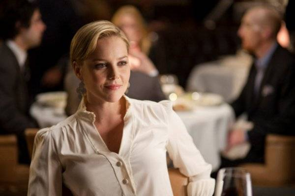 Abbie Cornish in Limitless (2011).