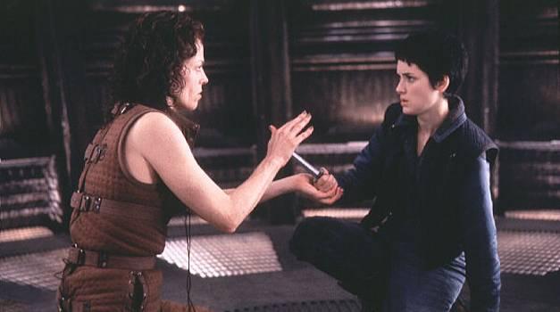 Winona Ryder and Sigourney Weaver in Alien: Resurrection