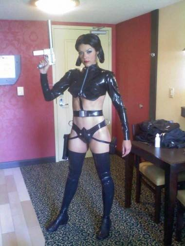 Adrianne Curry preparing for the 2011 San Diego Comic-Con.