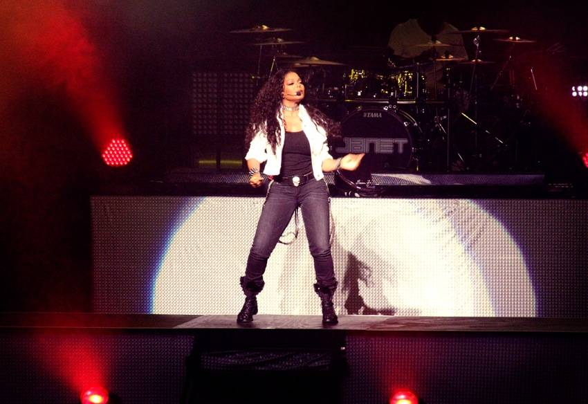 Janet Jackson at the Queen Elizabeth Theatre, Vancouver, Aug 26 2011. Tamara Lee photo