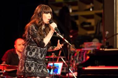 Carly Rae Jepsen concert photo