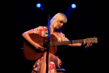 Laura Marling concert photo