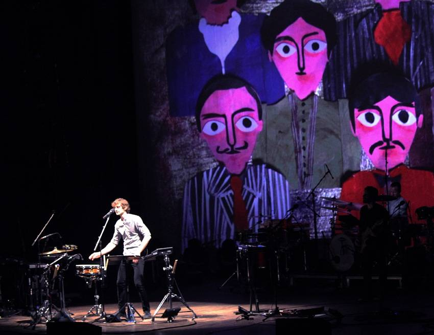 Gotye in Vancouver concert photo