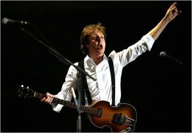 SIr Paul McCartney at Coachella 2009 concert photo