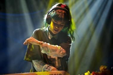 Grimes concert photo