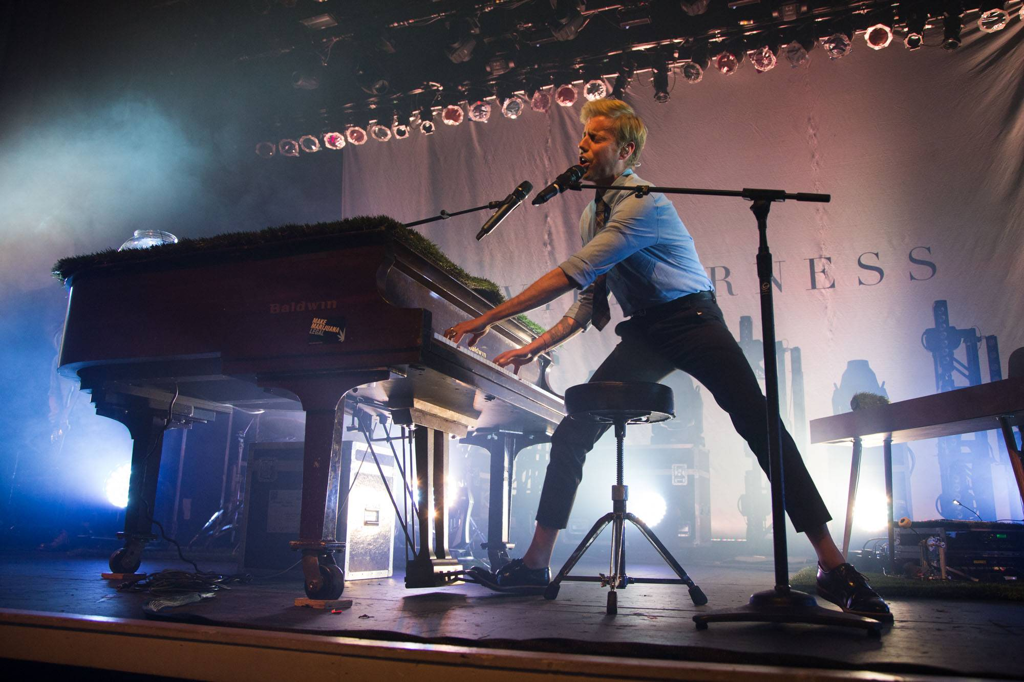 Andrew McMahon at the Vogue Theatre, Vancouver, Oct 14 2015. Kirk Chantraine photo.