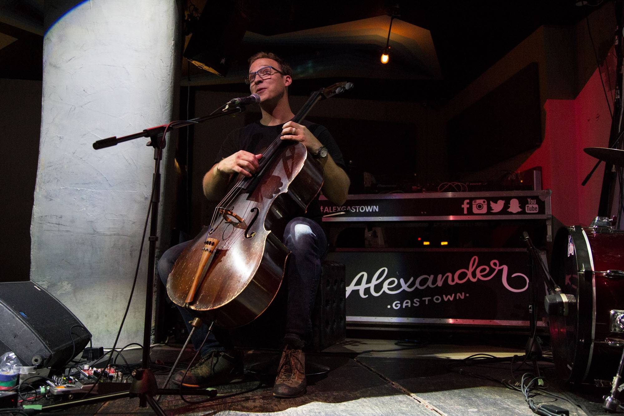 Ben Sollee at the Alexander, Vancouver, Aug. 18 2016. Kirk Chantraine photo.
