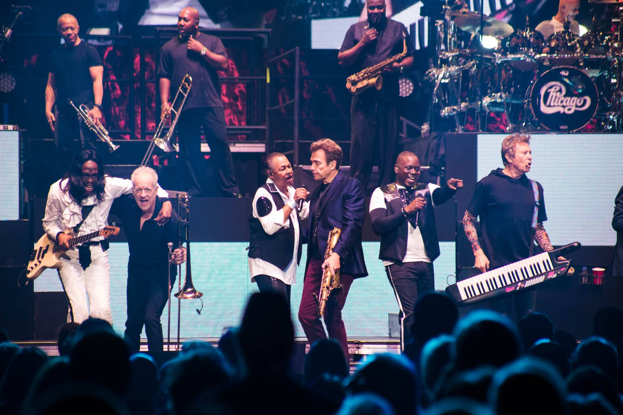 Chicago and Earth, Wind and Fire at Rogers Arena, Vancouver, Nov. 7 2016. Kirk Chantraine photo.