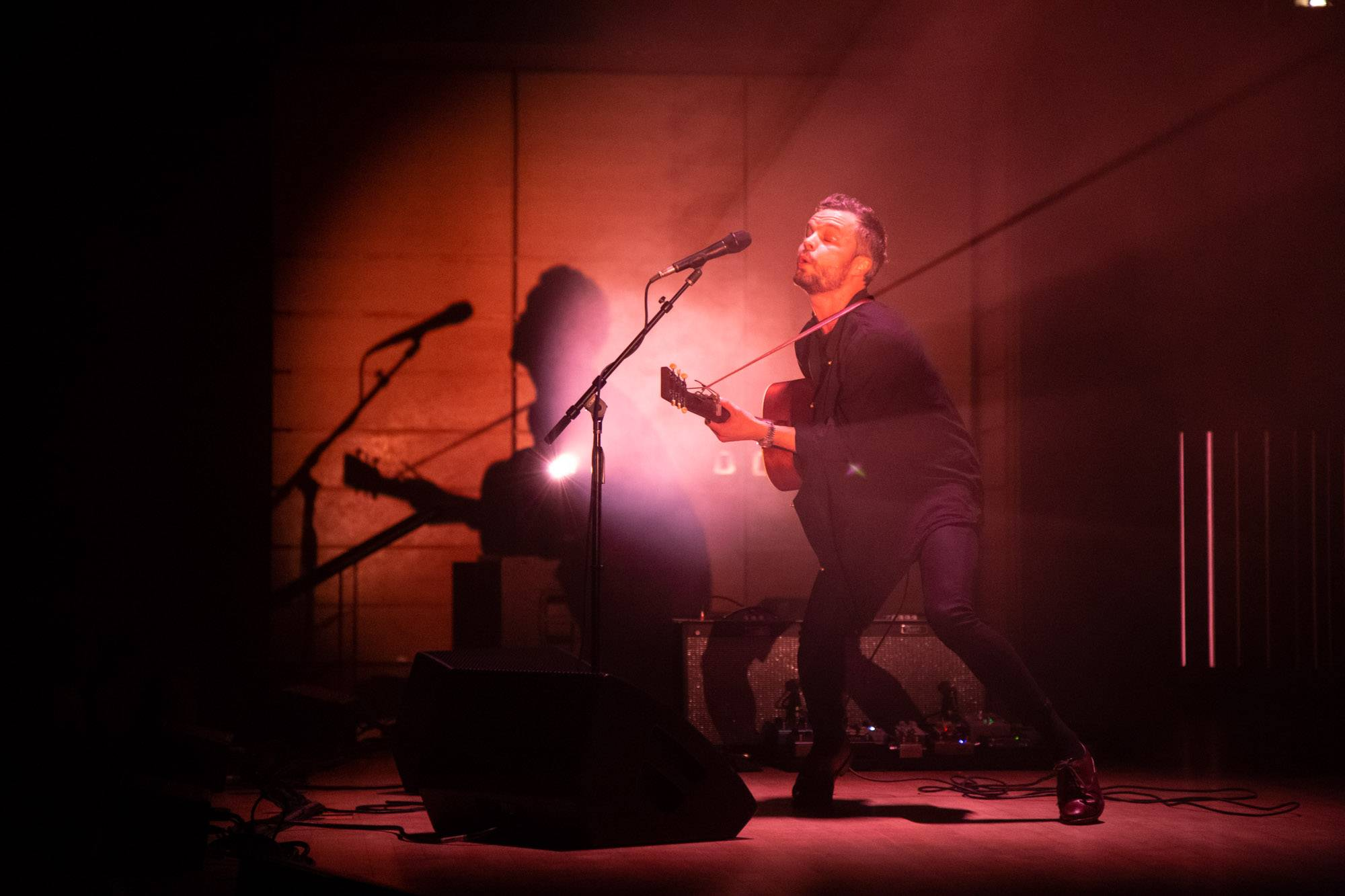 The Tallest Man On Earth at the Chan Centre, Vancouver, Nov 23 2018. Kirk Chantraine photo.