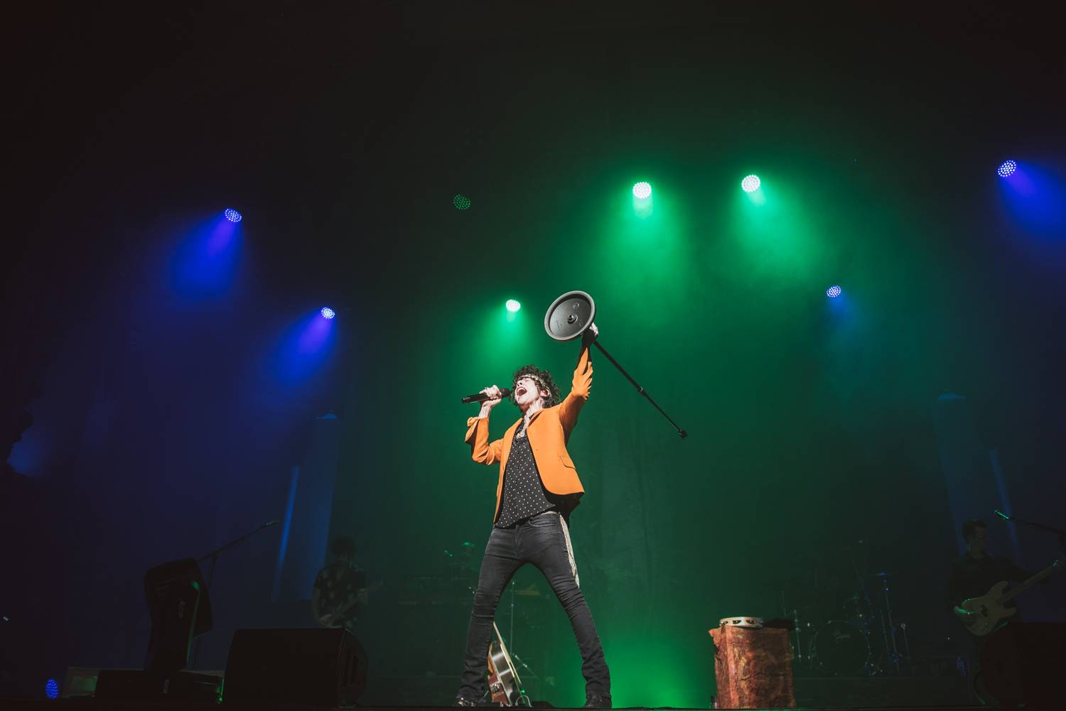 LP at the Orpheum Theater, Vancouver, Apr 23 2019. Pavel Boiko photo.