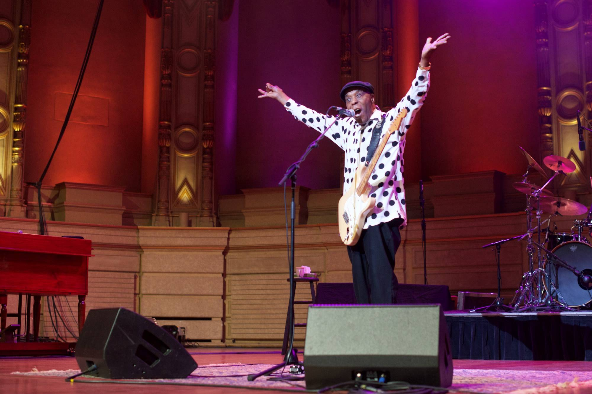 Buddy Guy at the Orpheum, Vancouver, Apr 22 2019. Scott Alexander photo.