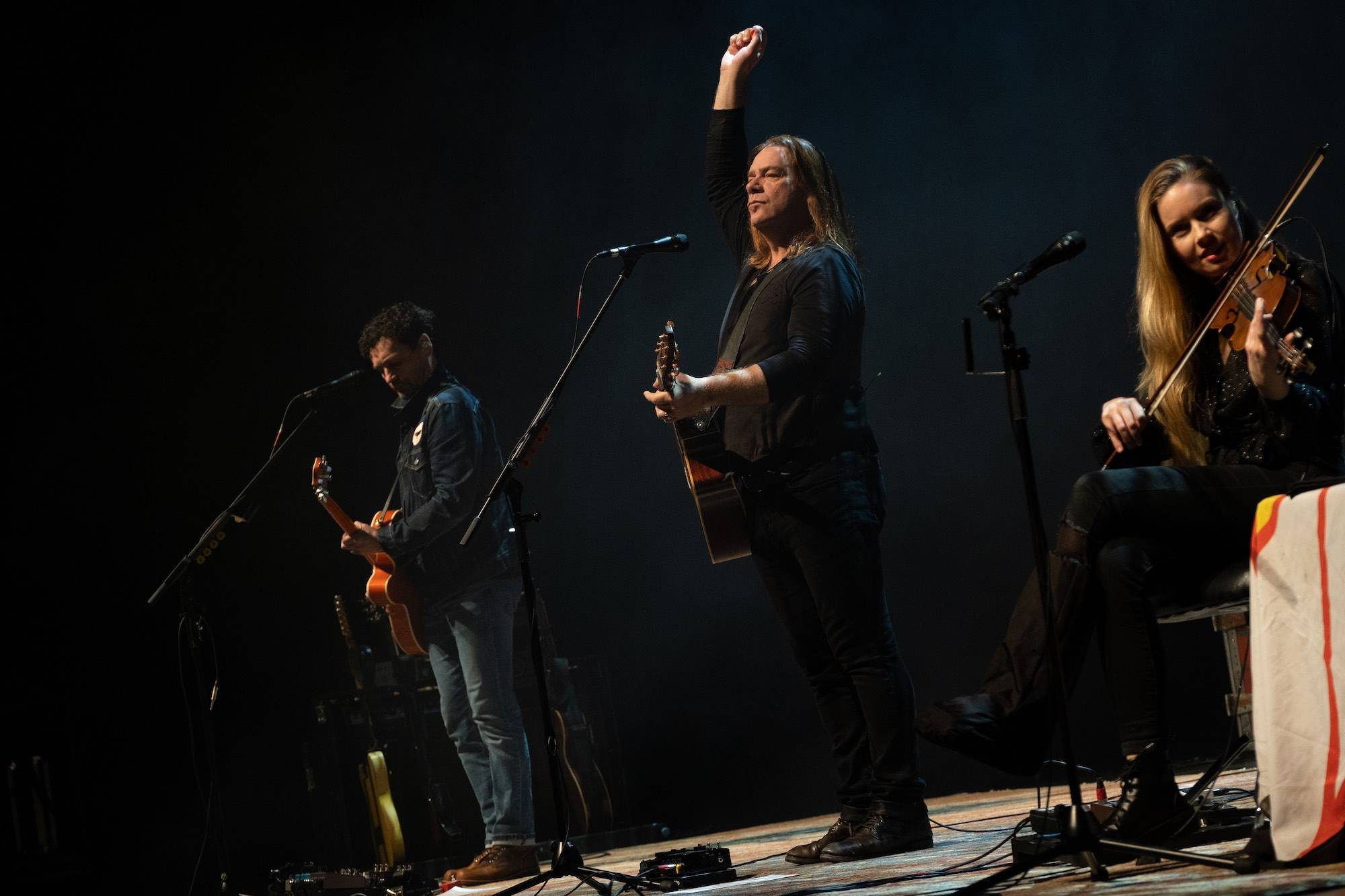 Alan Doyle at Queen Elizabeth Theatre, Vancouver, Mar 8, 2020. Scott Alexander photo.